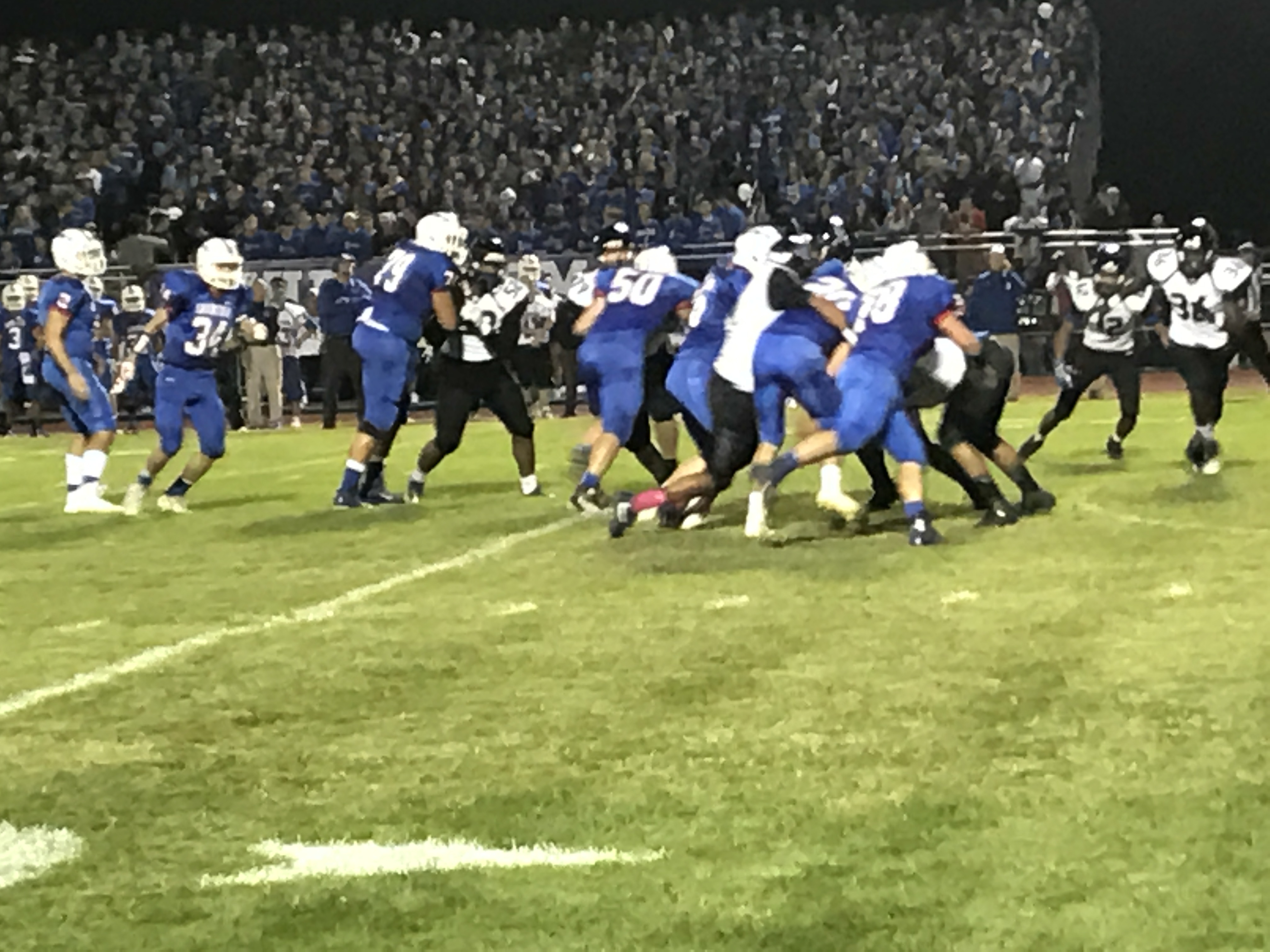 Football: Saratoga beats Albany in homecoming game
